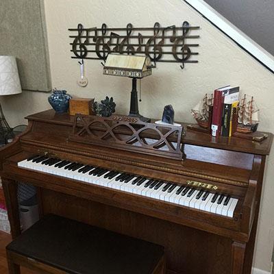 studio-piano